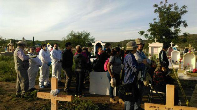 170417_Exhumaciones